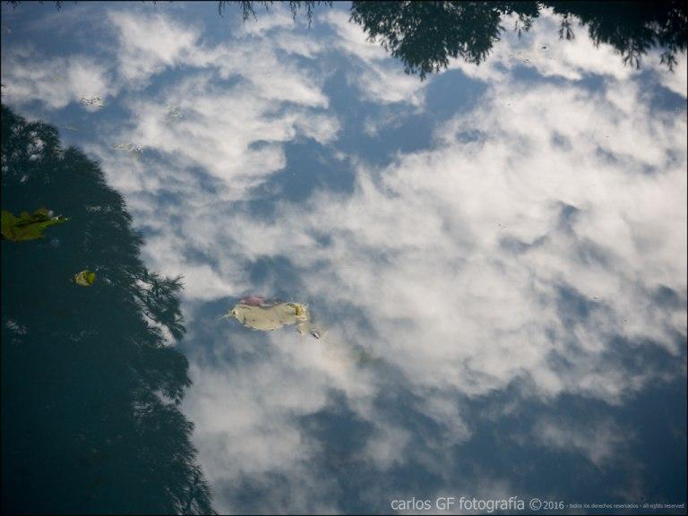 Nubes reflejadas
